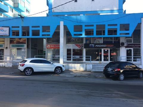 LOCAL COMERCIAL EN PLENO CENTRO. Local en Venta. 1 BAÑOS - 90 M2 CUB. U$S8.000 anuales