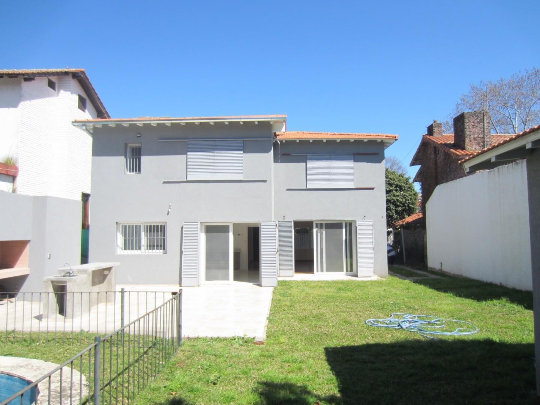Casa Refaccionada a Nuevo de Av Libertador Al Río - Foto 24