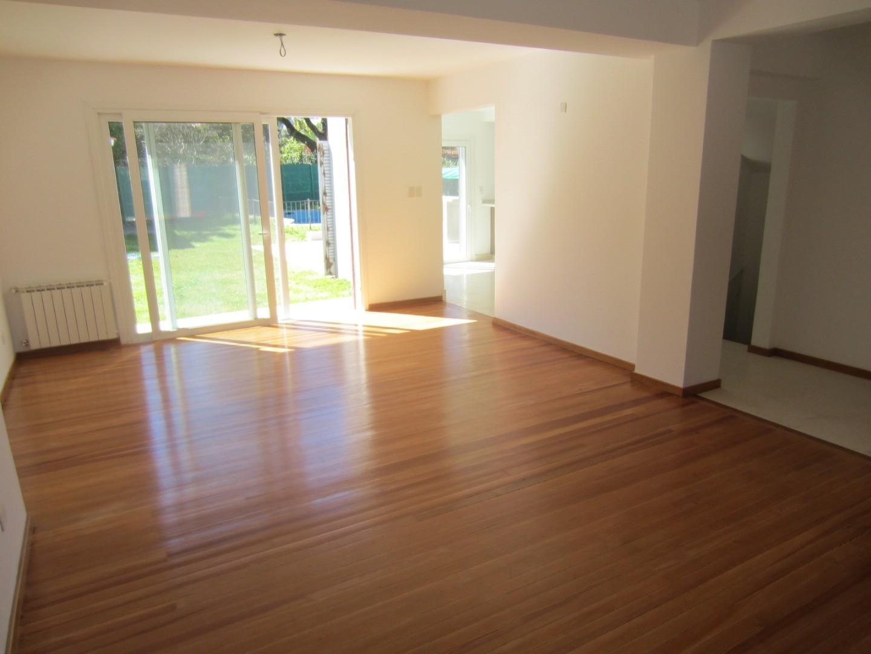 Casa en Venta - 7 ambientes - USD 742.000