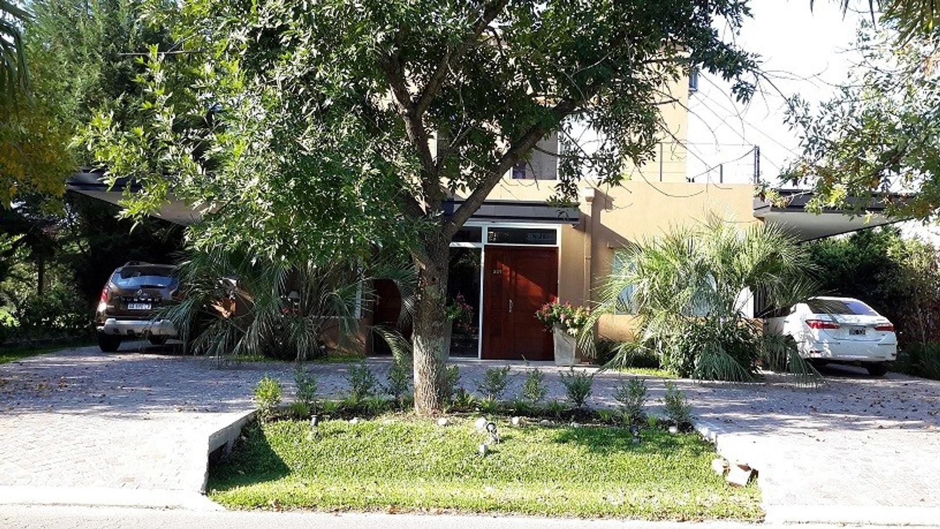DUEÑO DIRECTO Hermosa casa de 6 ambientes