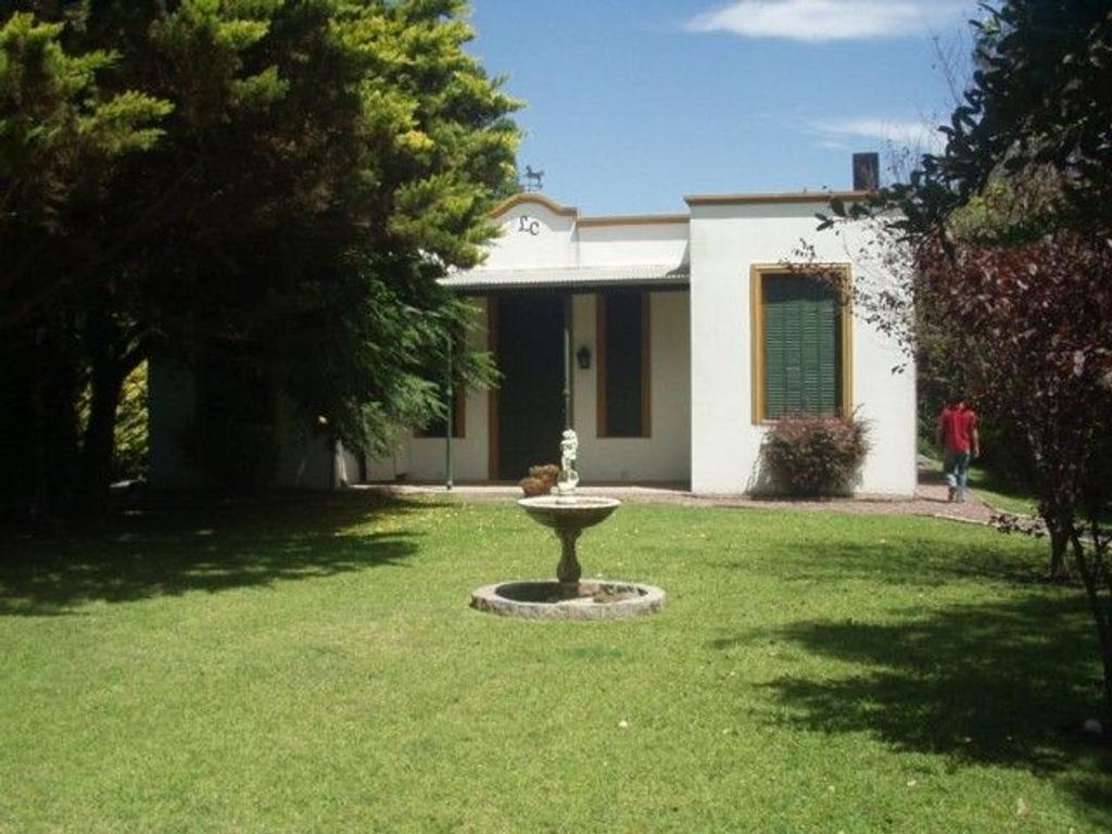 XINTEL(GNP-GNP-301) Casa Quinta próxima a la laguna