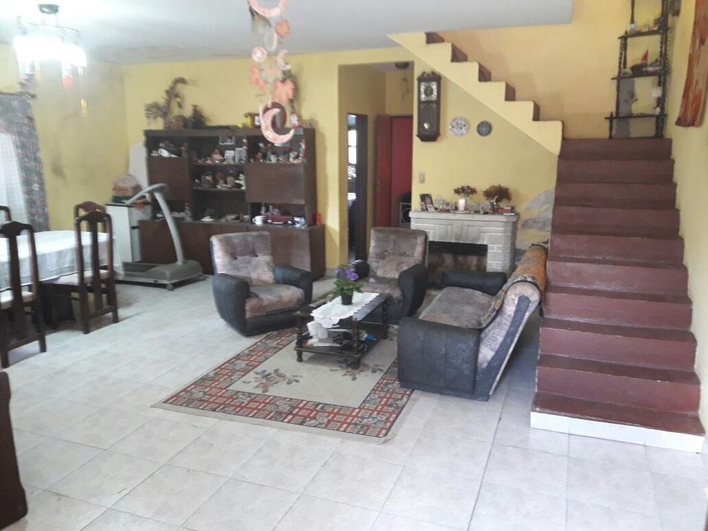 Casa en venta con lote de 400 m2