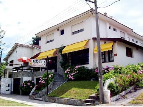 VENDO HOTEL 2 ESTRELLAS DE 20 HABITACIONES EN VILLA GESELL ZONA SUR DE 40 AÑOS DE ANTIGUEDAD