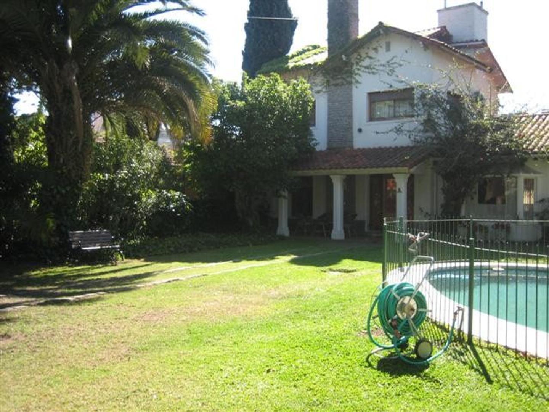 Casa en Venta en San Isidro Barrio Carreras - 5 ambientes