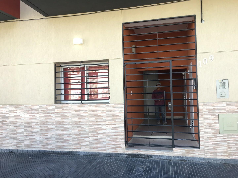 Ph en Venta en Piñeyro - Monoambiente