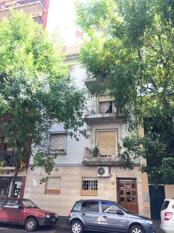 Valentin Gomez 3500 - Almagro - Edificio en Block!