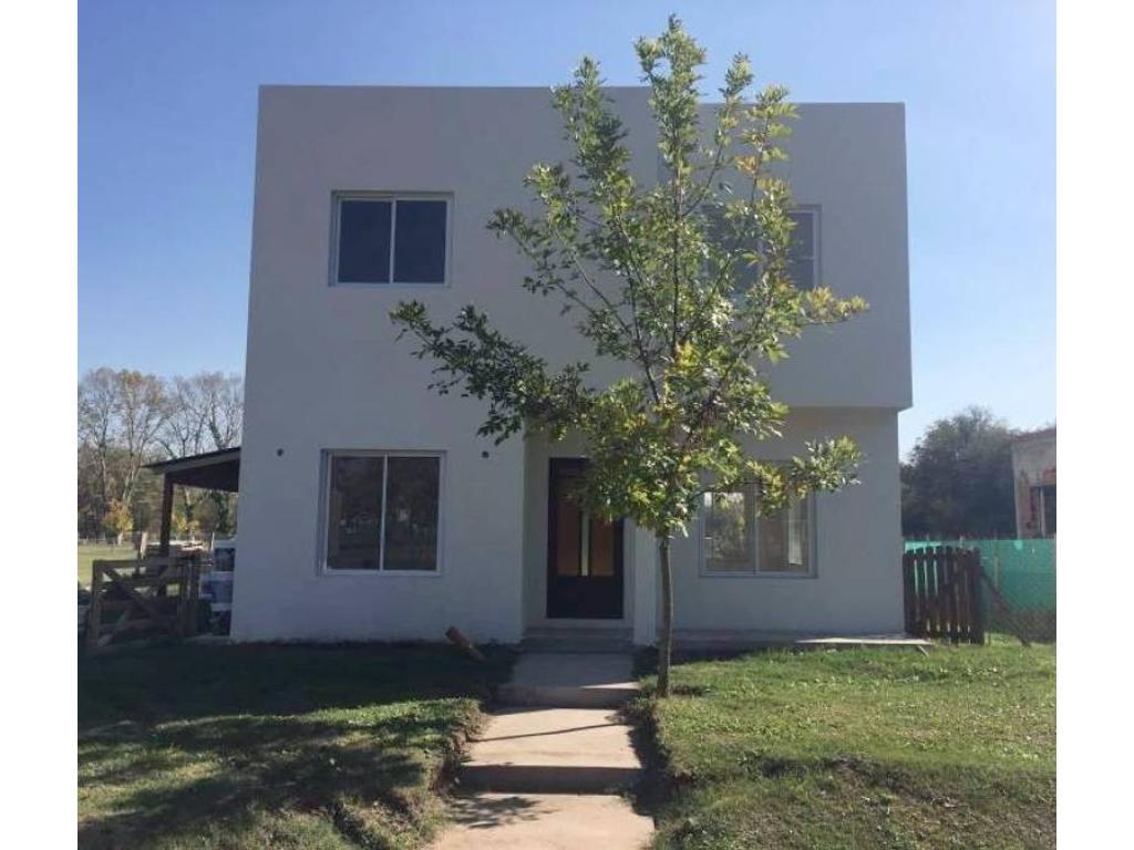 Casa en Venta en Barrio Santa Guadalupe, Pilar del Este