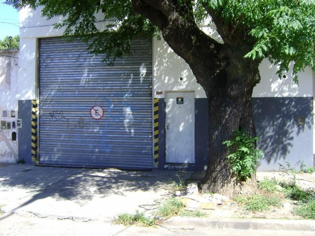 GALPÓN de 303  M2 EN SAN MARÍIN ZONA ID (INDUSTRIAL DOMINANTE)