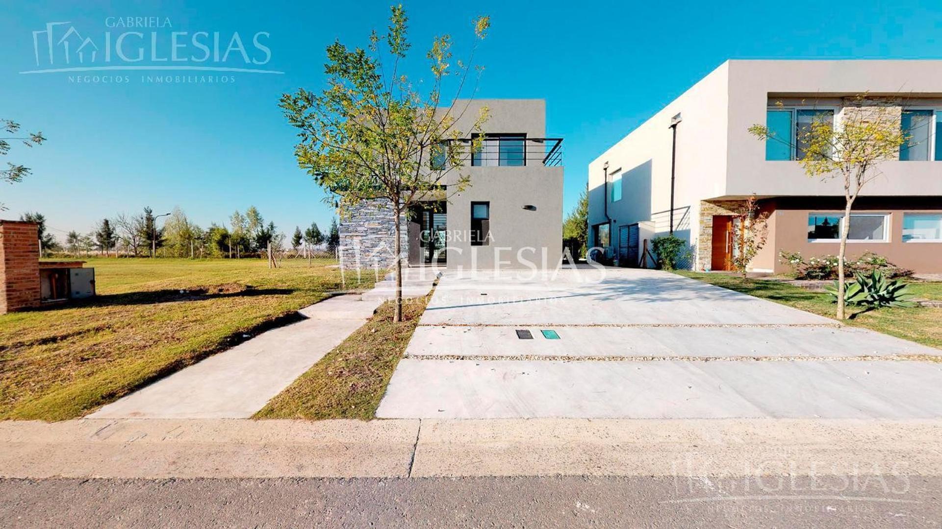 Casa en Venta en Otros barrios de Nordelta - 5 ambientes
