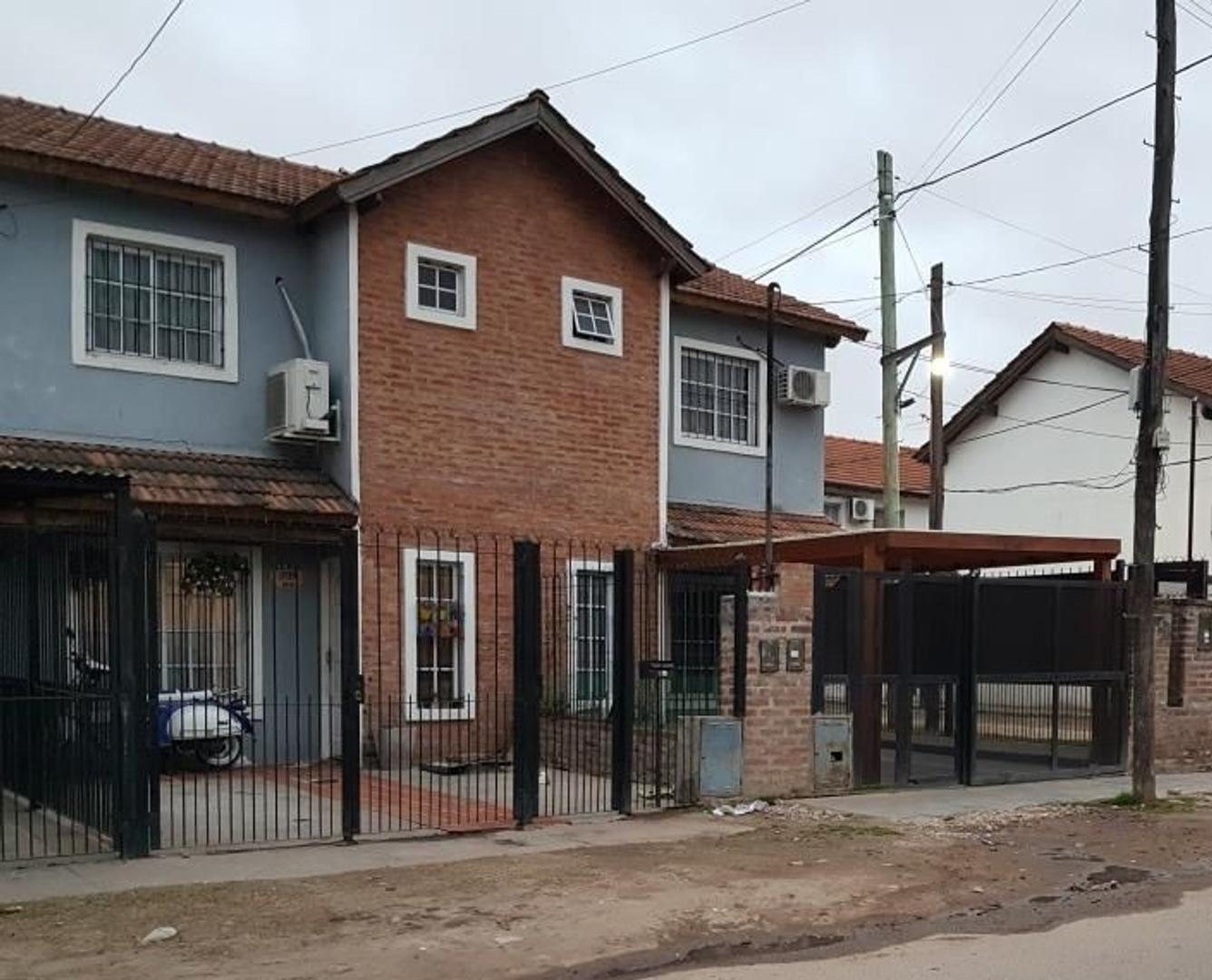 XINTEL(FNE-FNM-3065) Casa - Venta - Argentina, José C Paz - Leandro Alem 3719