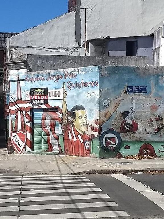 CASA 2 AMBIENTES EN ESQUINA A RECICLAR!!!!!! LOTE PROPIO--