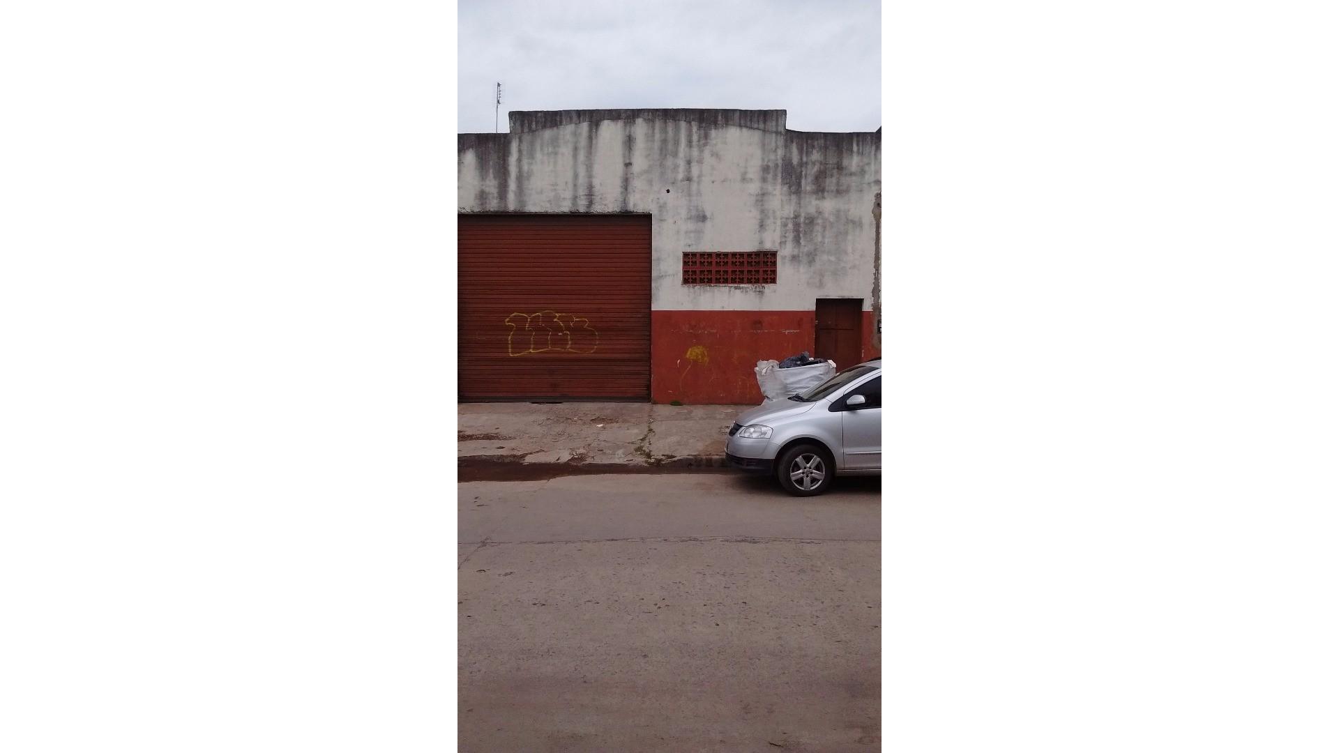 GALPON 300 metros A 2 CUADRAS DE METROBUS RUTA 8