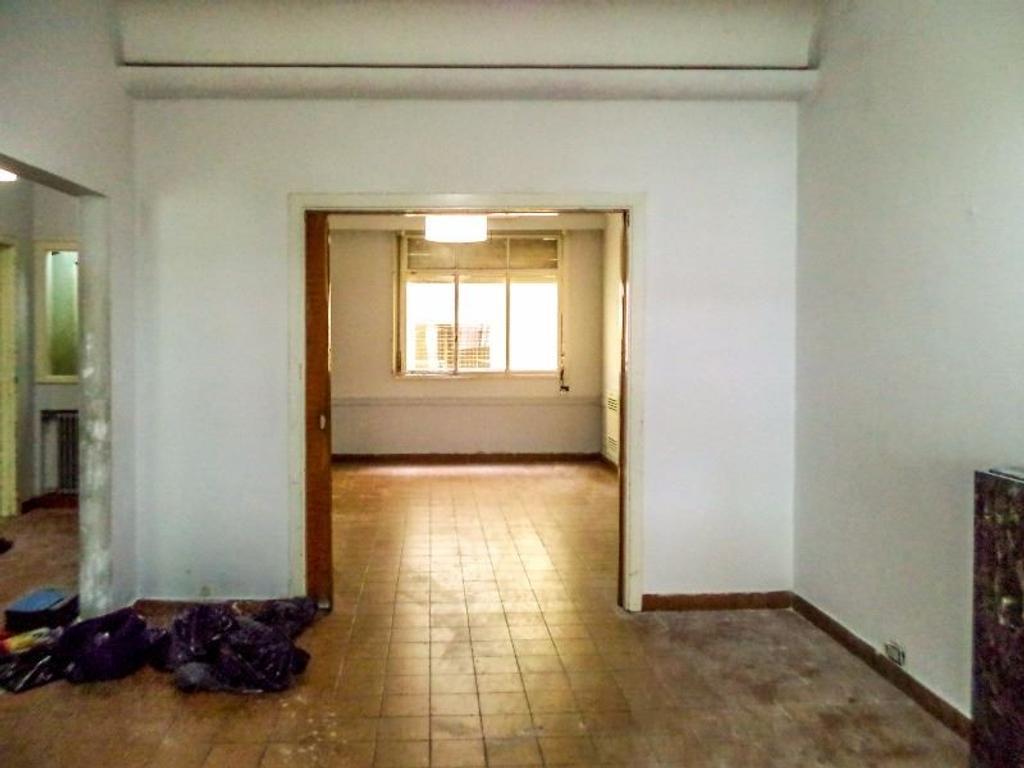 PH en Balvanera para instituto, oficina o residencia