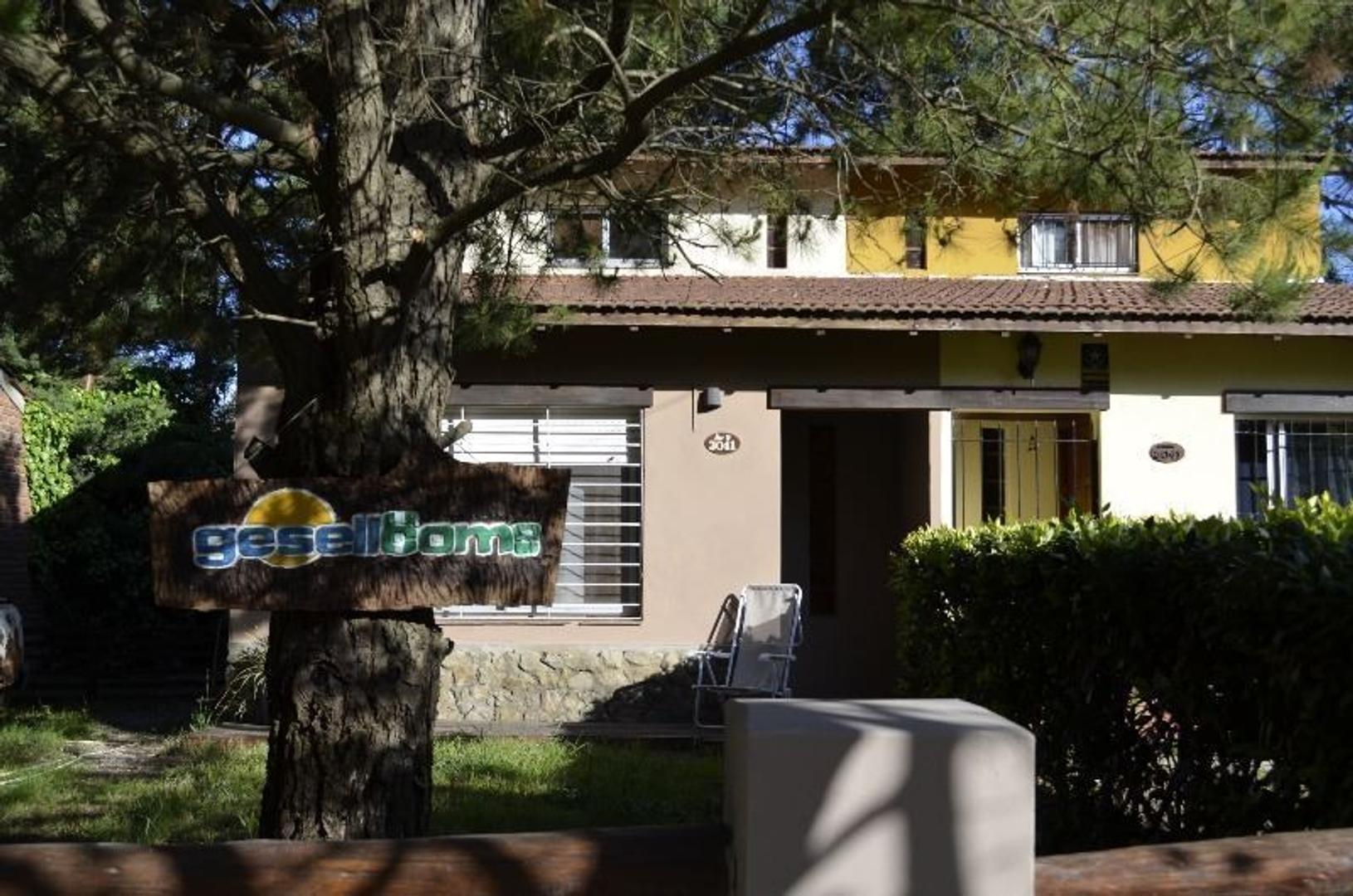 Casa en Alquiler Por Temporada en Villa Gesell - 3 ambientes