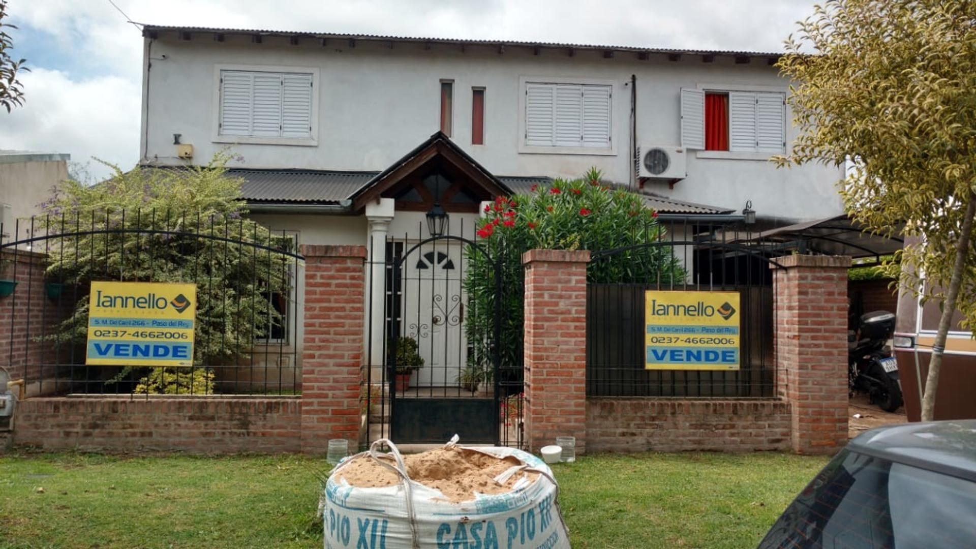 Casa en Venta en Paso Del Rey - 8 ambientes
