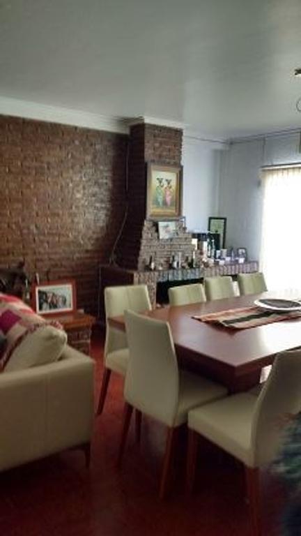 Venta de Excelente Casa en Planta Alta en calle 12 e/ 58 y 59 La Plata