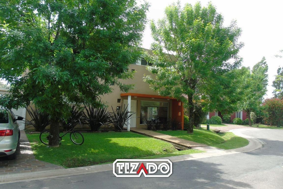 Tizado Pilar Casa 5 ambientes en Venta  en Araucarias, Pilar  - PIL3697_LP140343_1