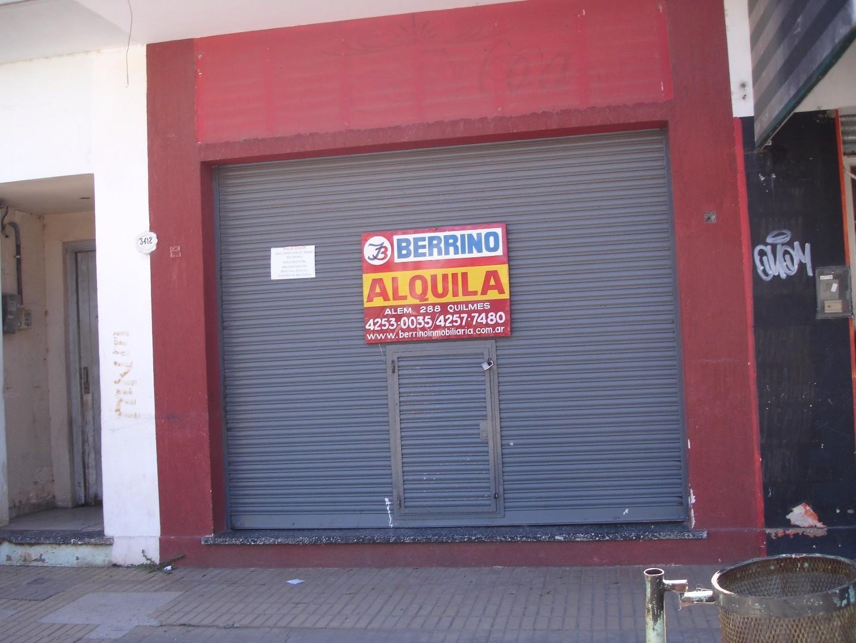 Local comercial de 4,00 x 8,00 mts. con baño - Calle 152 al 3000, Plátanos Berazategui