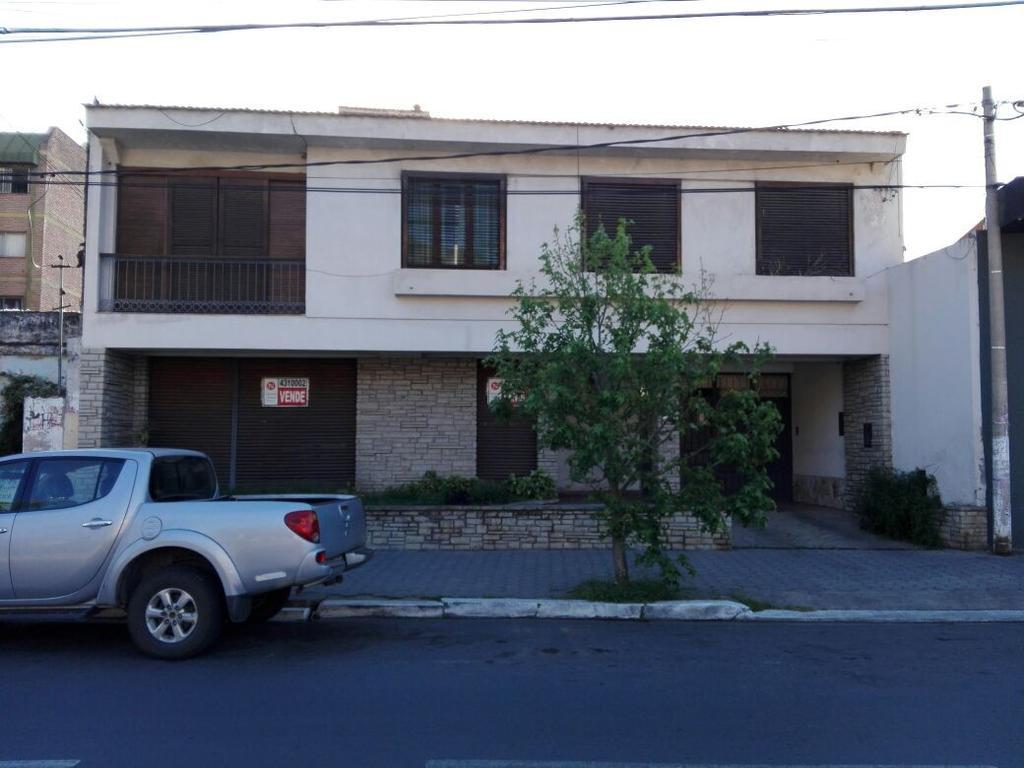 Vendo Casa en Av. Bicentenario de la Bat. de Salta