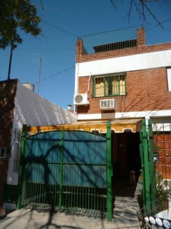 Casa en Venta de 4 ambientes en Buenos Aires, Pdo. de Vicente Lopez, Olivos