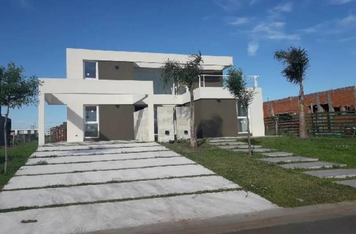Espectacular casa estilo racionalista a la Laguna. Barrio Las Tipas