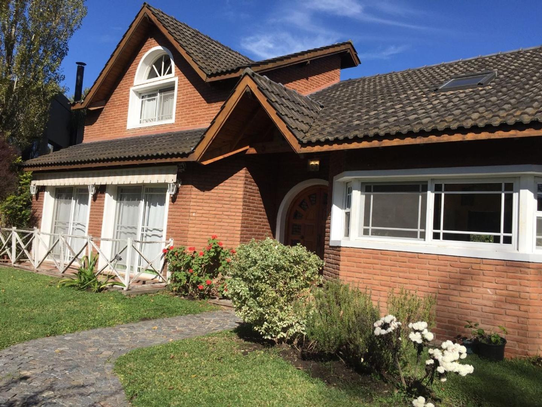 Casa en Venta en Campos de Alvarez, Zona Oeste - OES0893_LP119484_3