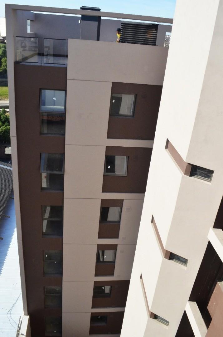 Elegi el confort!! centro, con balcón, terraza, comodidades
