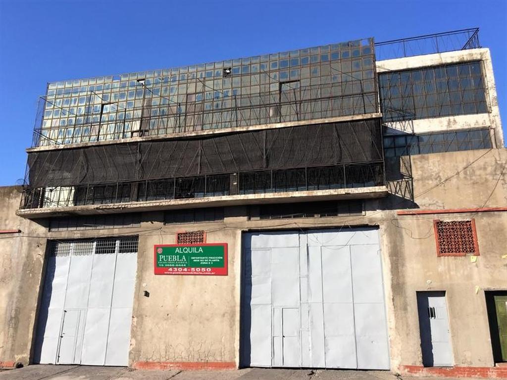 Galpon en alquiler de 424 m2 en zonificación industrial