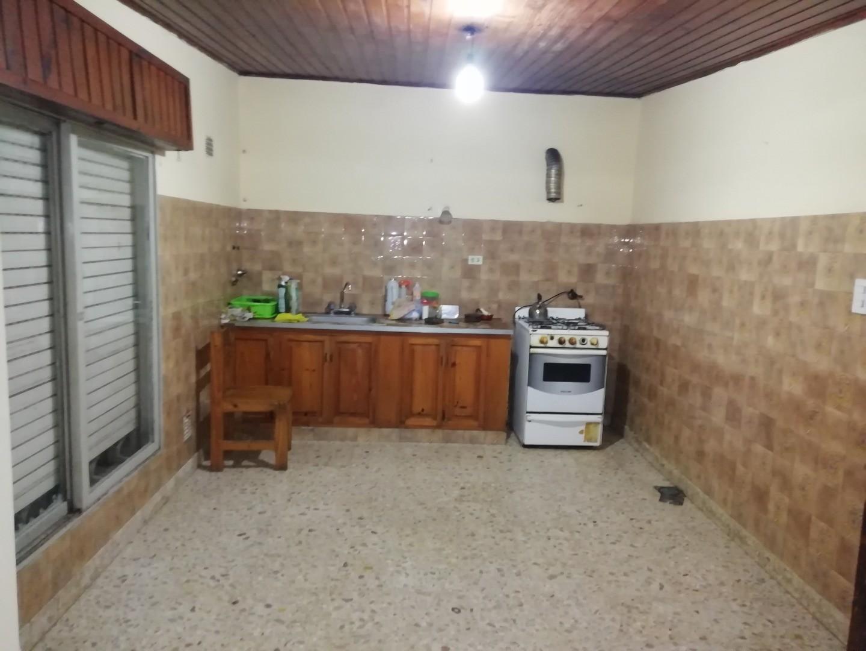 Casa en Alquiler en La Plata - 3 ambientes