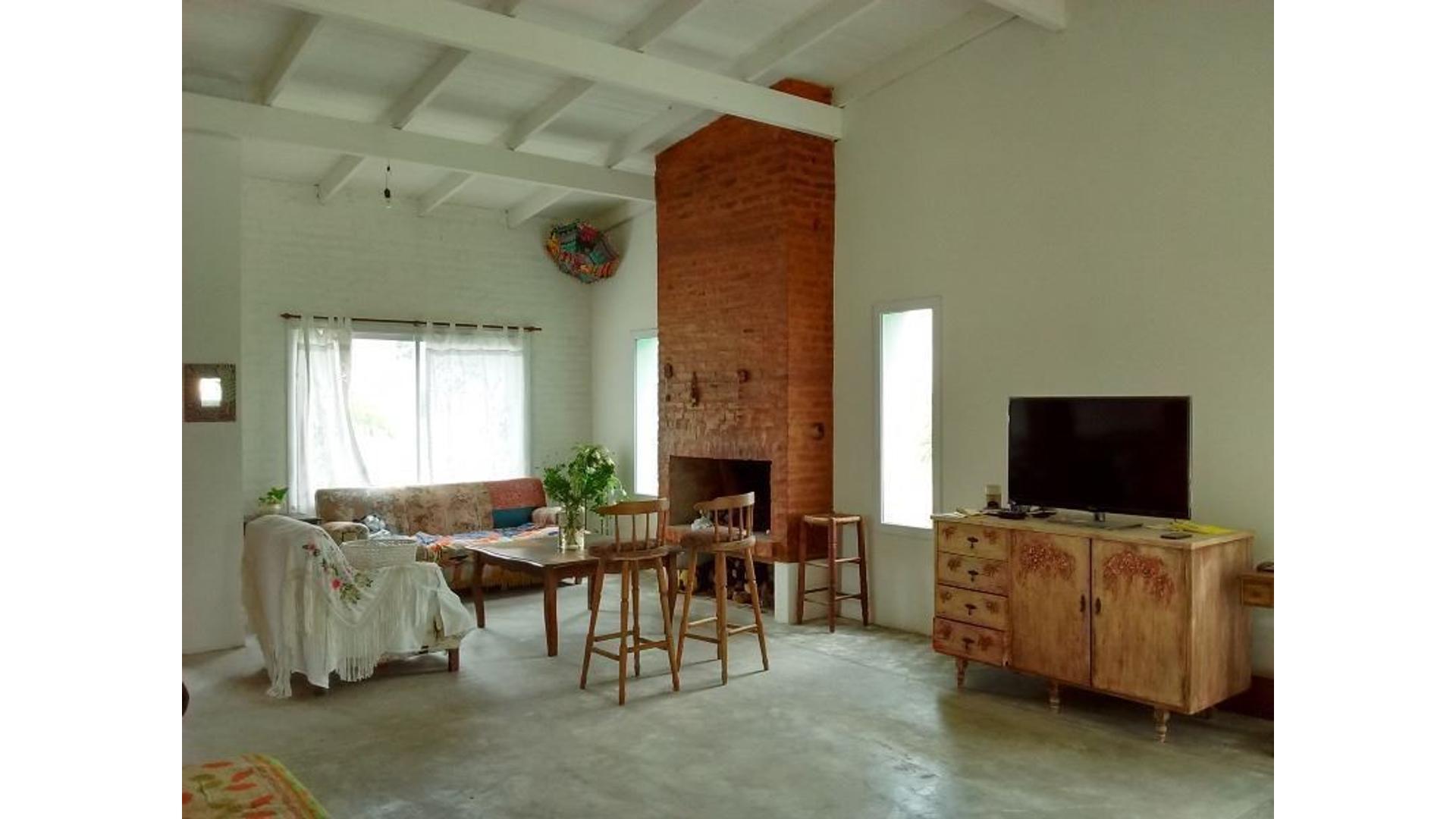 CASA TERMINADA - Barrio Privado San Matias ESCOBAR (Eidico) - 237 m2 edificados + terreno 772 m2
