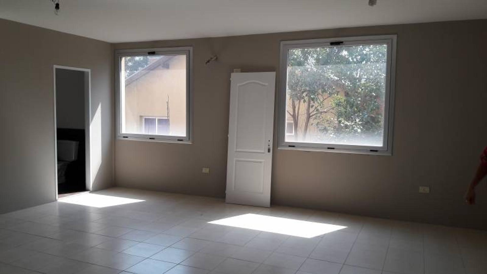 Venta de Oficina en Edificio Las Recovas zona Pilar, Gran Bs.As., Argentina,