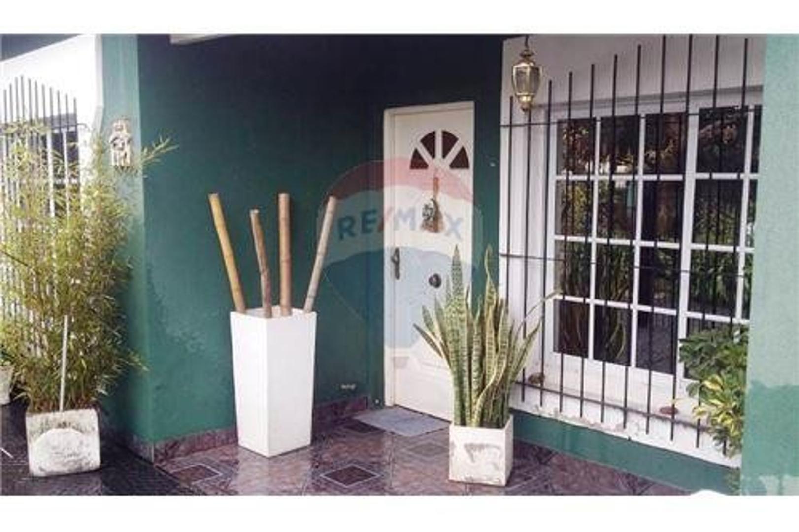 Casa a la venta en Pilar-Oportunidad!