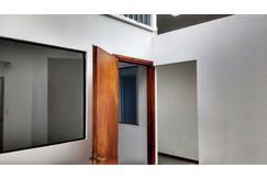 oficinas 3  y 4 ambientes (macrocentro, sobre avenida colon)