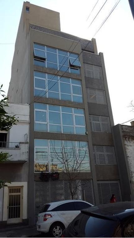 Oficina premium en venta o alquiler de 205 m2 de alfombra