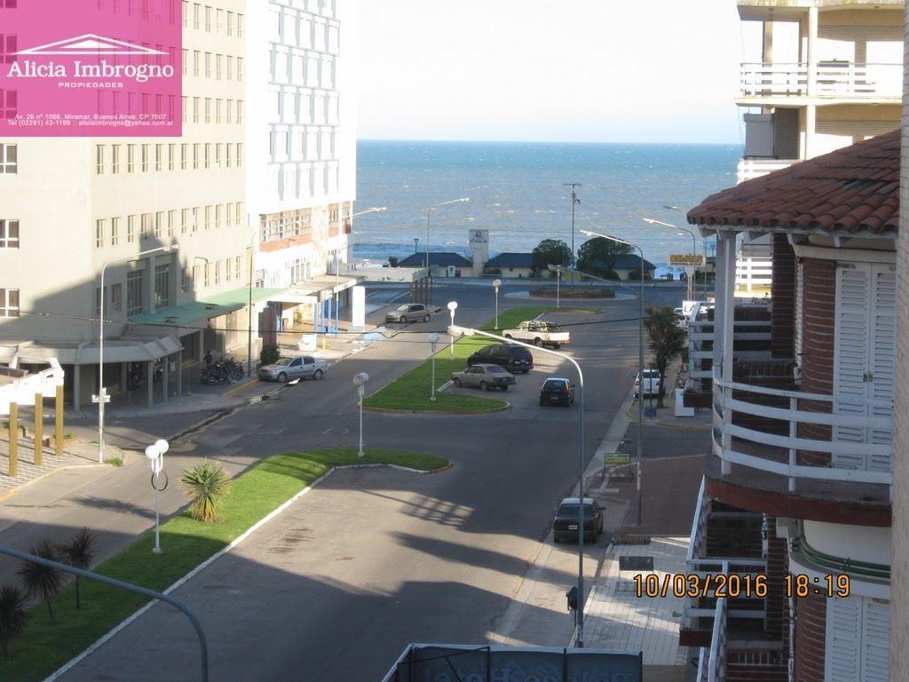 3 ambientes c/depen. balcón al frente av. 23 y 16 a 2 cuadras del mar y de la peatonal