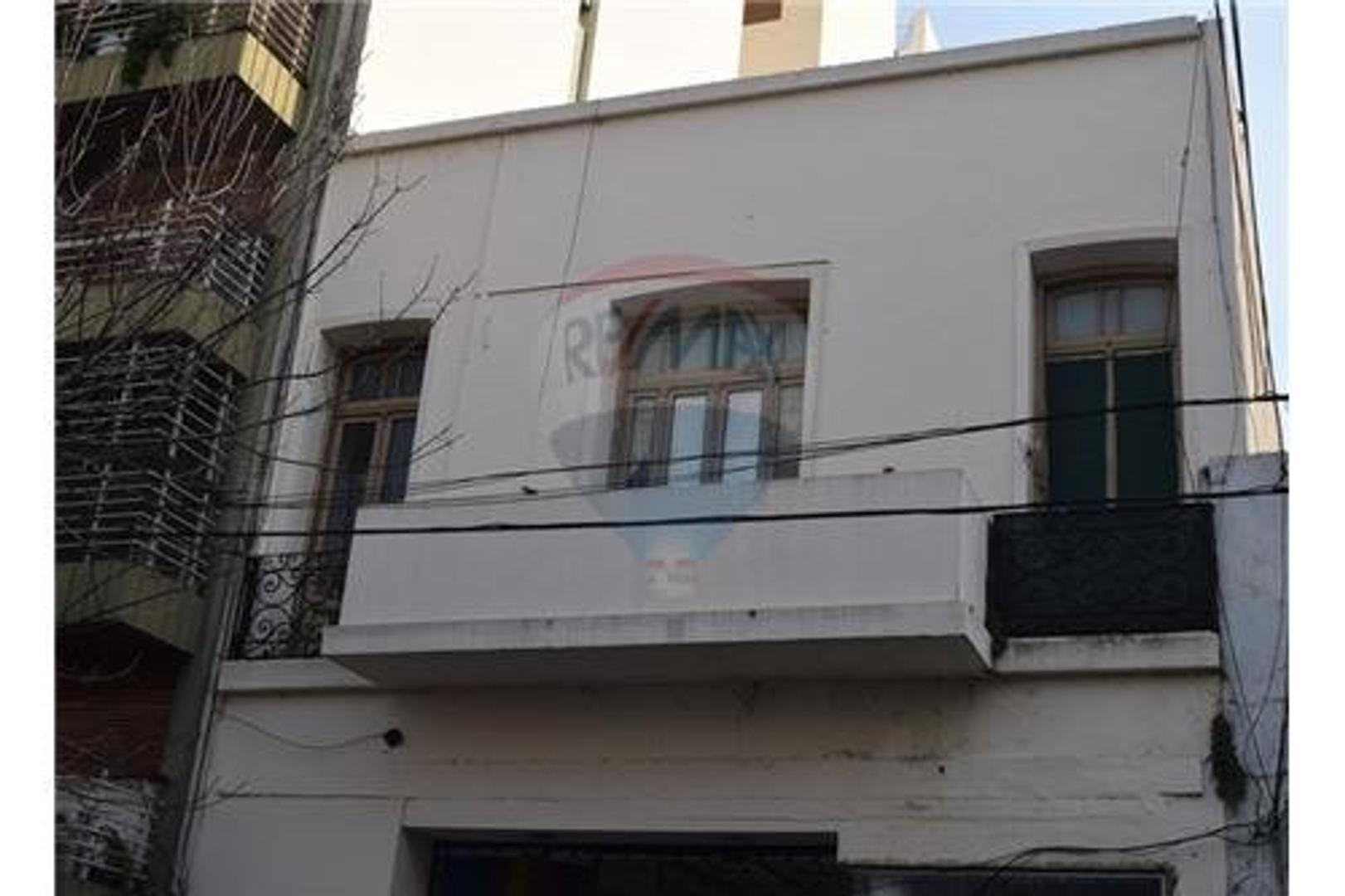 Venta OPORTUNIDAD! 3 phs en block La Rioja 2100