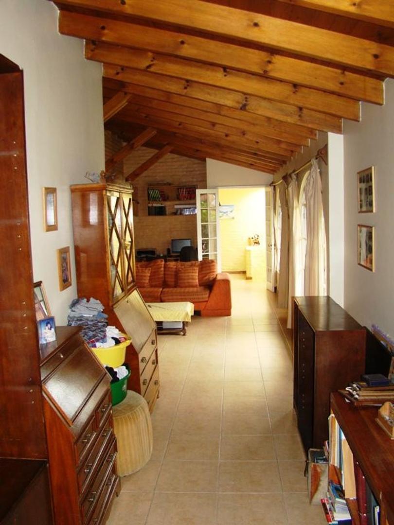 Casa en Martinez Santa Fe / Fleming con 4 habitaciones