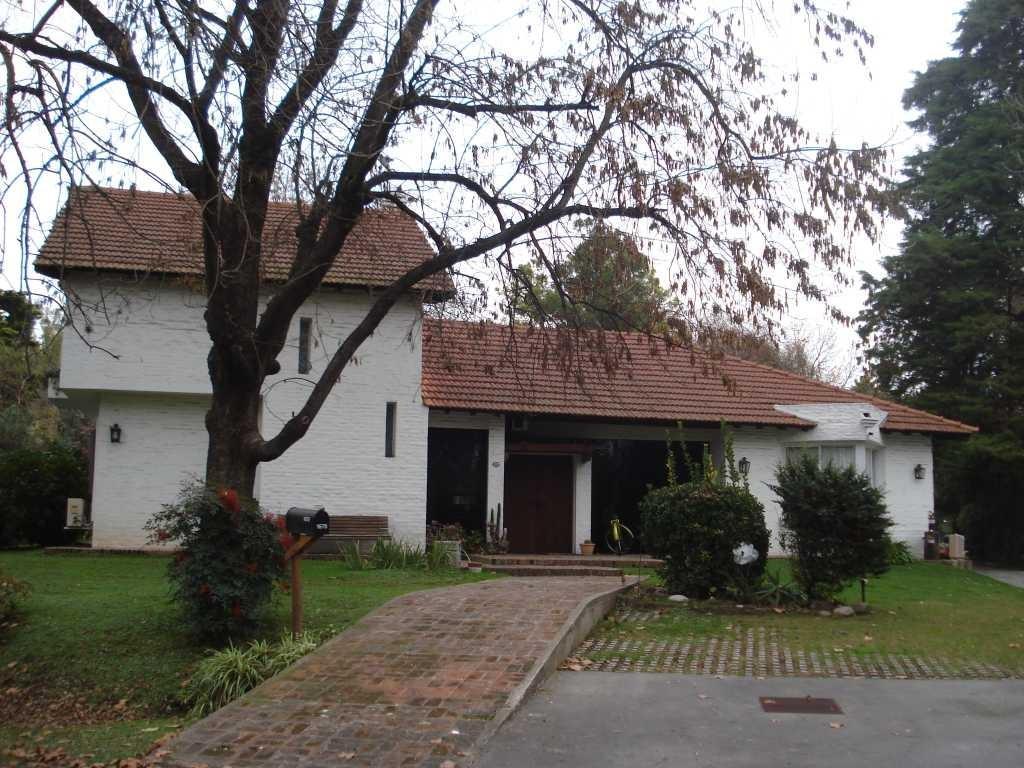 Casa  en Venta ubicado en Highland Park CC, Pilar y Alrededores - PIL1916_LP1792_1