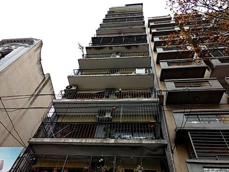 Facultades venta 3 ambientes reciclado a nuevo 78 m2 piso alto luminoso balcon corrido lavadero
