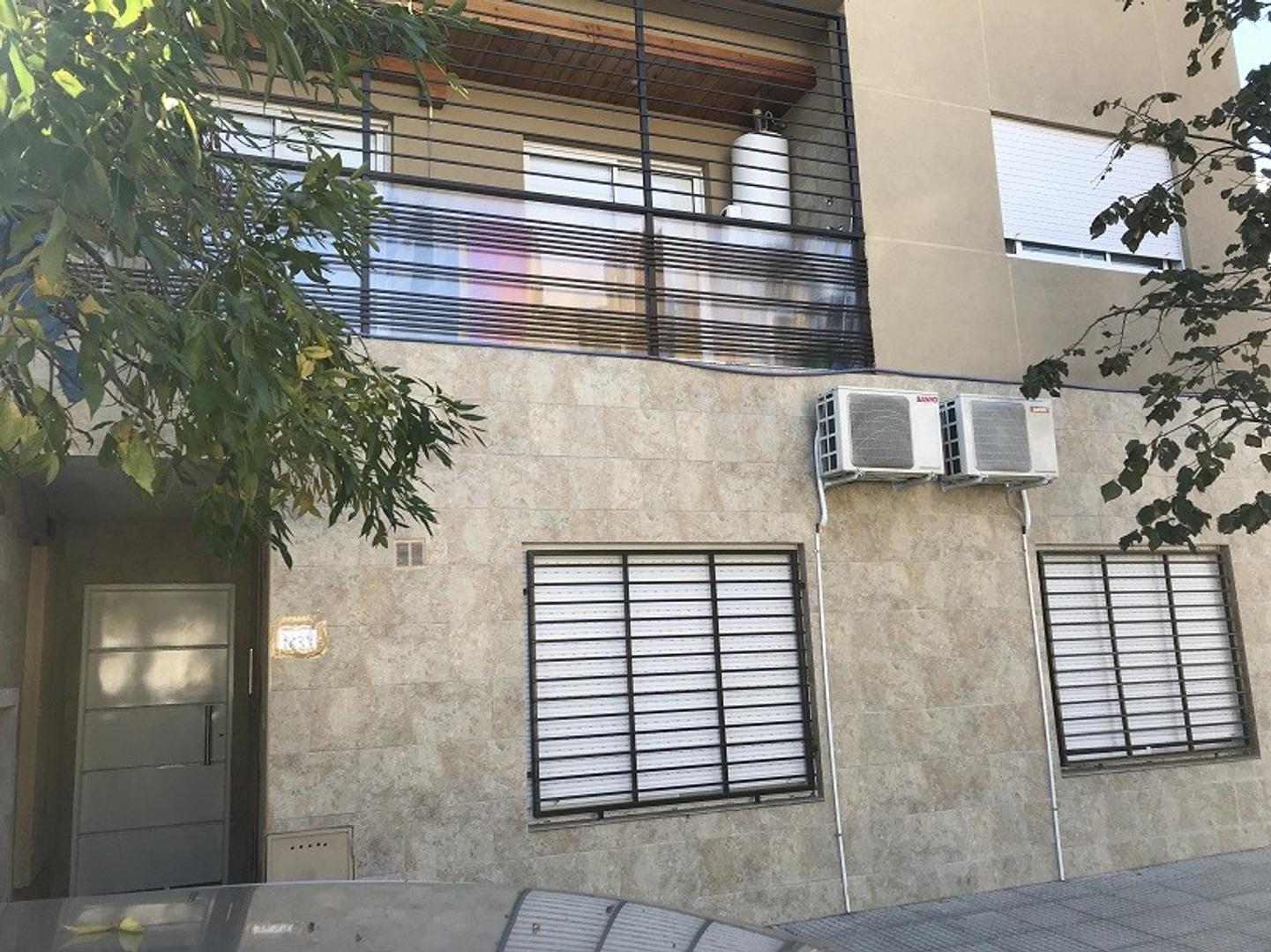 Departamentos a ESTRENAR 3 AMB con balcon corrido y cocina separada