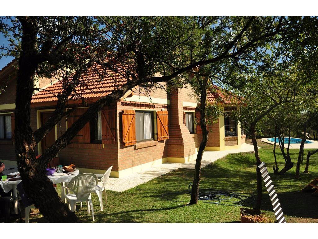 Casa en venta en los estribos 100 carpinteria argenprop - Carpinteria casas ...