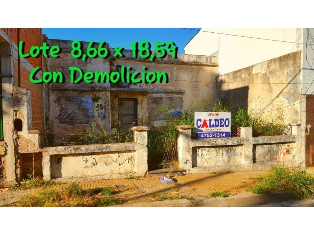 LOTE CON DEMOLICIÓN 8.66 x 18.59