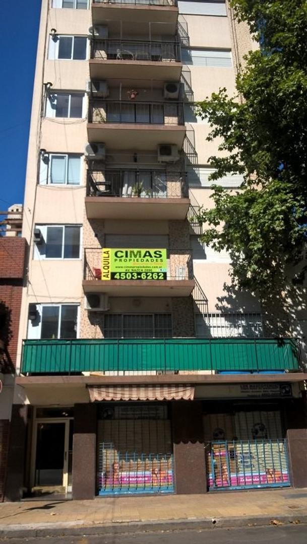 XINTEL(CIM-CIM-816) Venta Departamento 3 ambientes + balcón Frente Plaza VDP