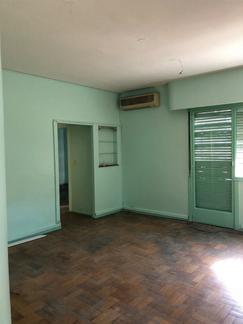 Alquilo Oficina: Av. Belgrano 400- San Telmo