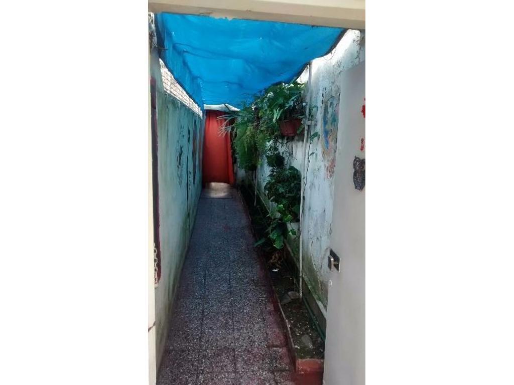 Venta Casa tipo PH de 2 dormitorios en Bernal