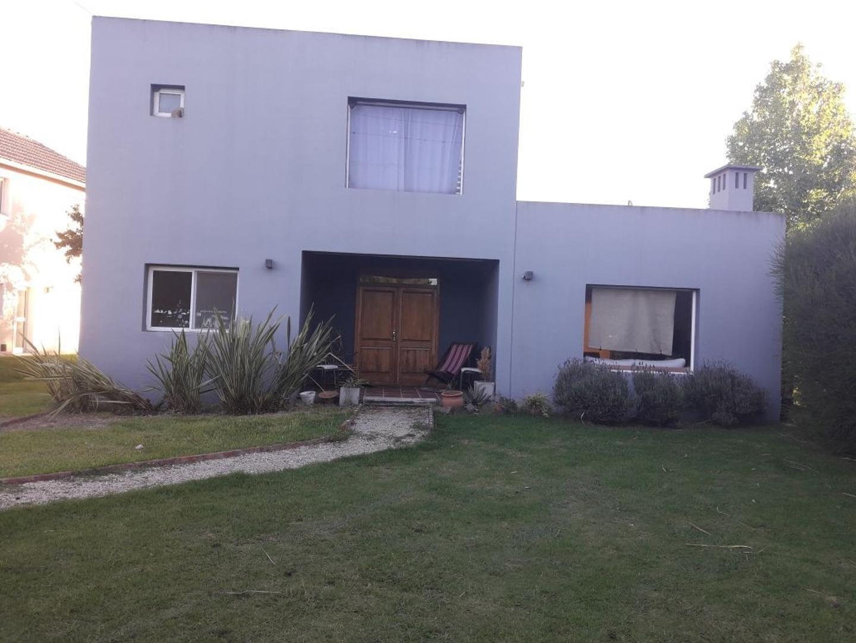 Casa en Venta en Barrio Cube - 3 ambientes