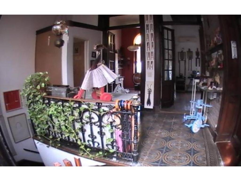 Depto.tipo casa de 7 ambientes en Venta en Almagro