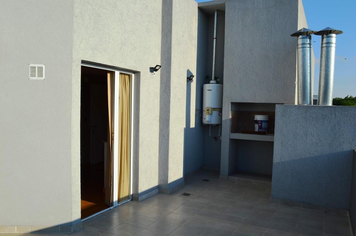 Excelente depto de 3 ambientes con balcon terraza y cochera doble cubierta con la mejor orientacion