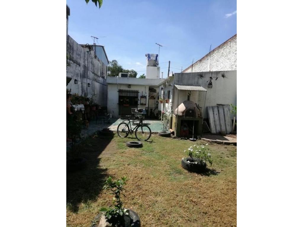 Casa en lote propio 5 ambientes en VENTA - Ramos Mejia Sur