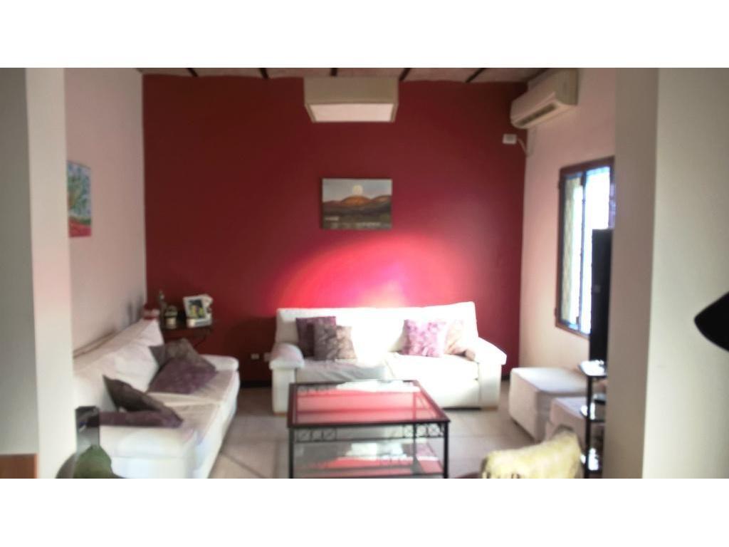 Benito Juarez 3600 - Casa 4 ambientes en 2 plantas  - Villa Devoto